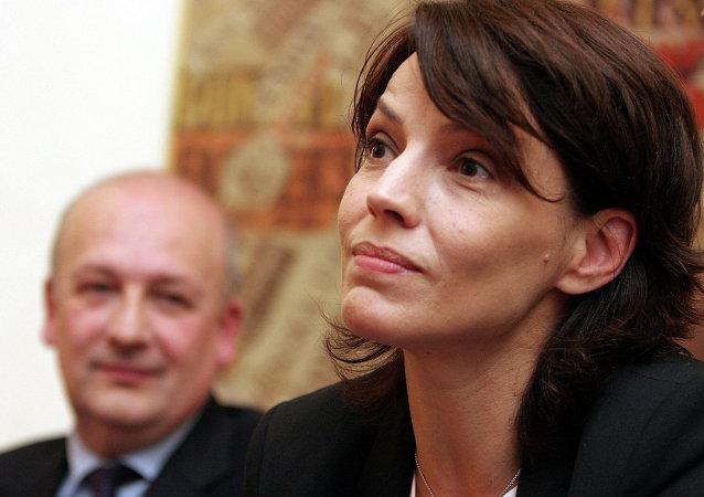 Forza Italia Elisabetta Gardini answers reporters questions at Rome's foreign press club