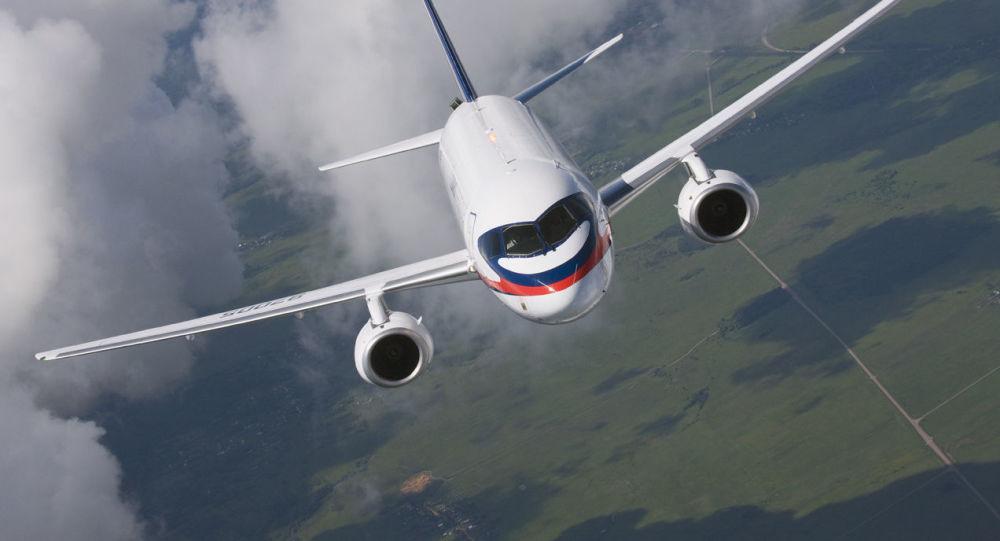 Пассажирский самолет Sukhoi Superjet 100