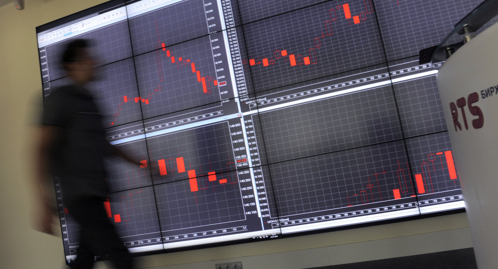 Ruble, stocks fall eases as oil price recovers