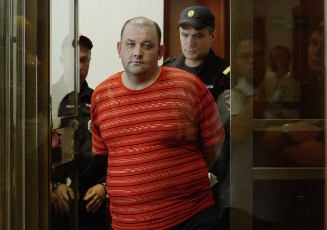 Alexander Razumov charged with recruiting people to the Right Sector Ukrainian extremist organization at a Moscow City Court hearing
