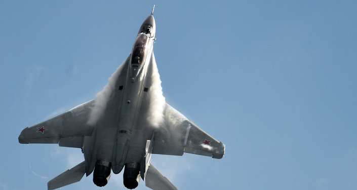 MiG-35 fighter jet performs during Russian MAKS-2015 air show