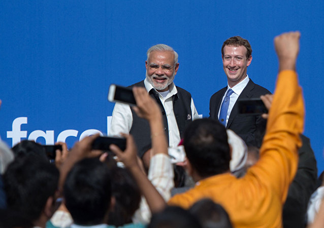 Indian Prime Minister Narendra Modi (L) and Facebook CEO Mark Zuckerberg attend a Townhall meeting, at Facebook headquarters in Menlo Park, California, on September 27, 2015