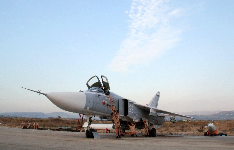 Sputnik Exclusive: Russian Sukhoi jets at airfield near Latakia