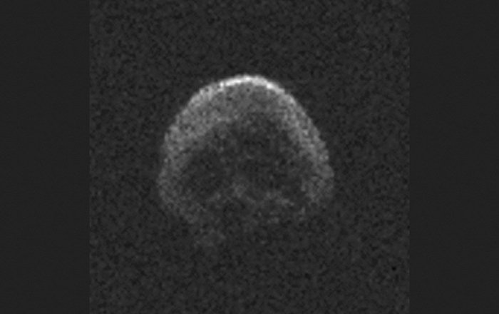 Duck! Trio of Rocks to Whiz By Earth Saturday, Followed by 'Skull Asteroid'