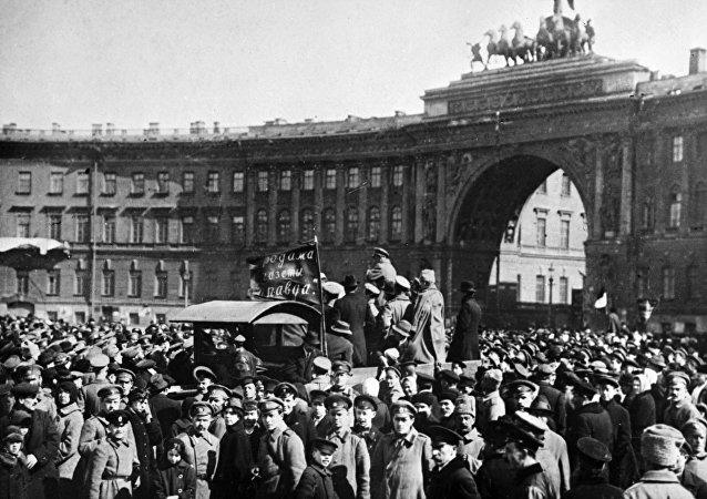 A meeting of Bolsheviks on Dvortsovaya Square, Petrograd (St. Petersburg)