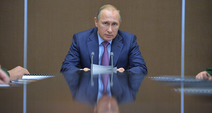 President Vladimir Putin chairs meeting on defense complex development