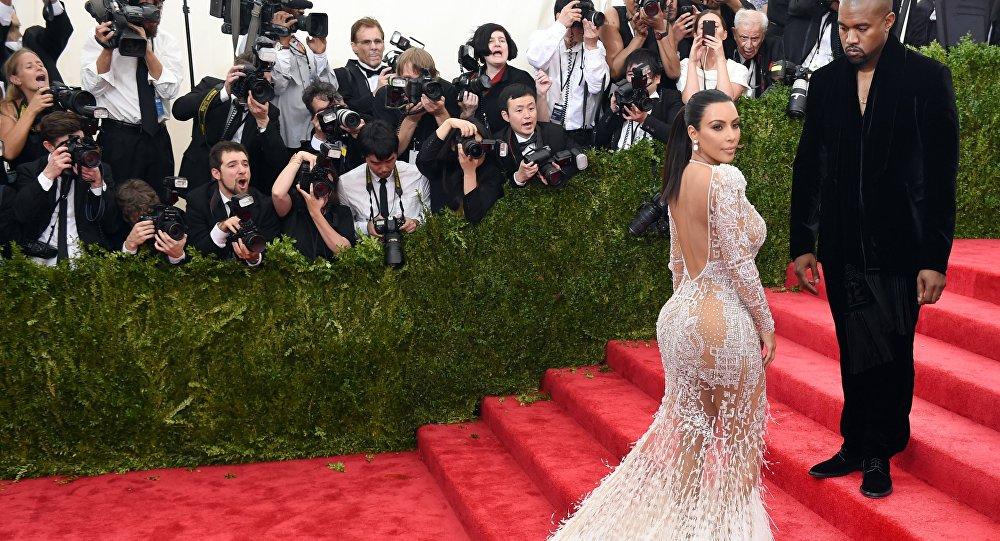 """Kanye West and Kim Kardashian arrives at the 2015 Metropolitan Museum of Art's Costume Institute Gala benefit in honor of the museum's latest exhibit """"China: Through the Looking Glass"""" May 4, 2015 in New York."""