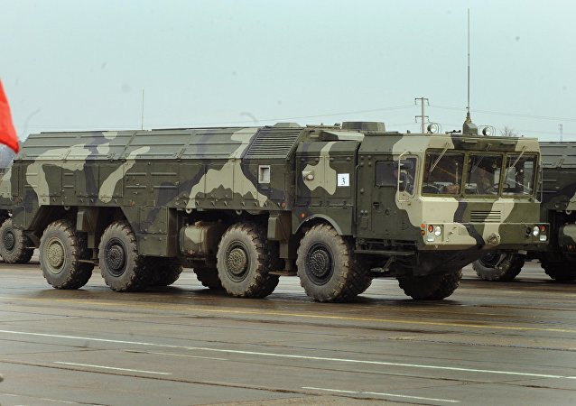 The Iskander ballistic missile launcher at a parade rehearsal. Grom-2 is ostensibly meant to compete with the Russian SRBM.