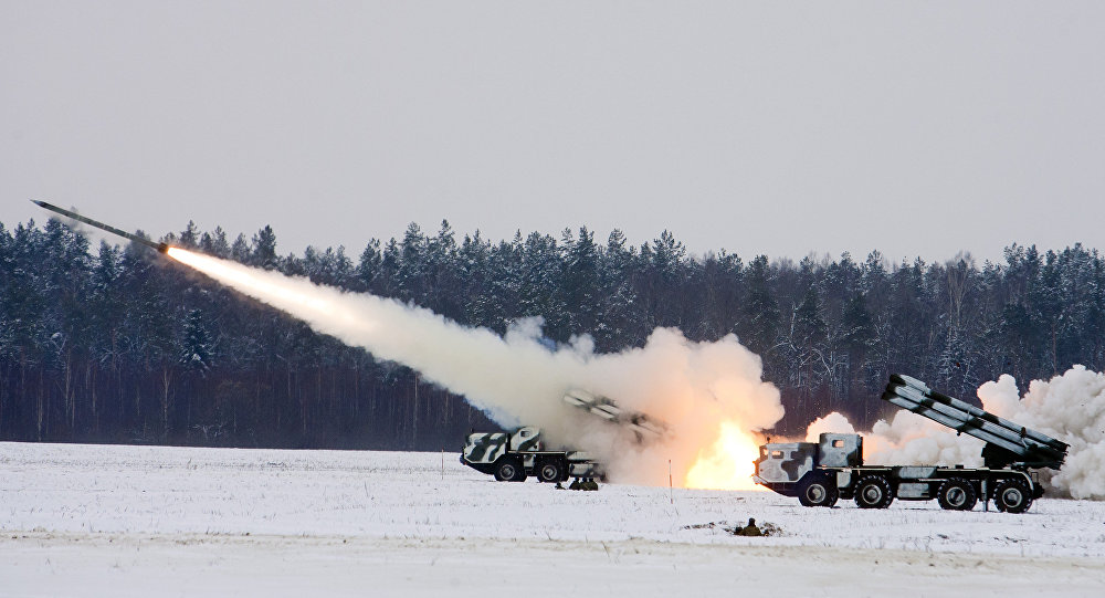 Pilot combat exercises involving live firing of Smerch multiple launch rocket systems
