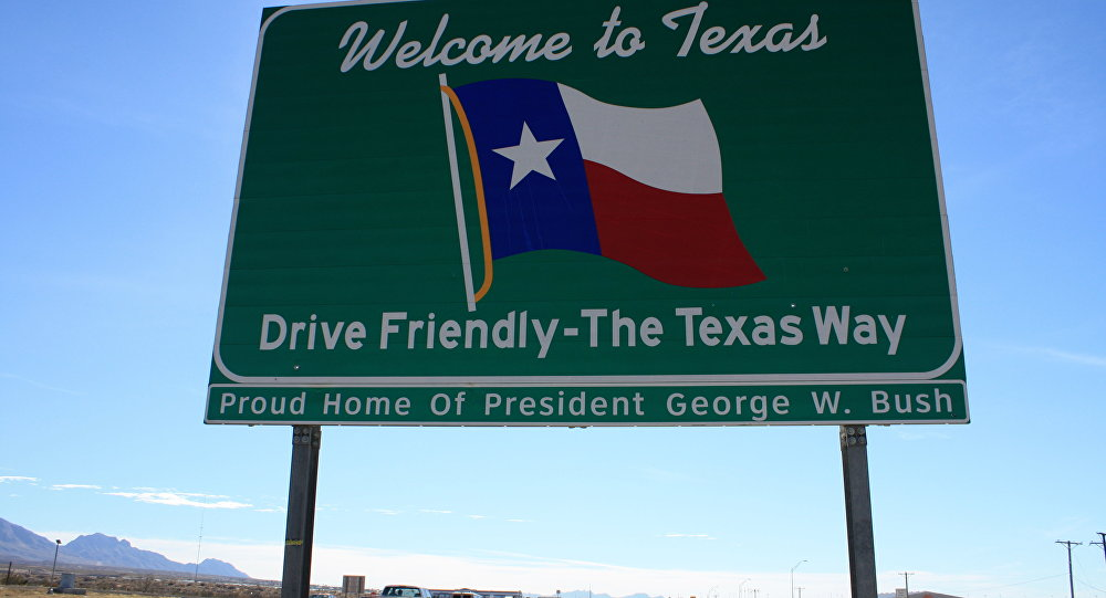Welcome to Texas!  Lone Star State Drops Request to Halt Syrian Refugees
