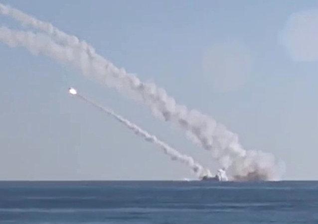 Rostov-on-Don submarine launches 3M-54 Kalibr (Klub) anti-ship missiles
