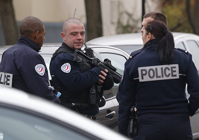 Police officers patrol near a pre-school in Paris suburb Aubervilliers on Monday, Dec.14, 2015 (file photo)