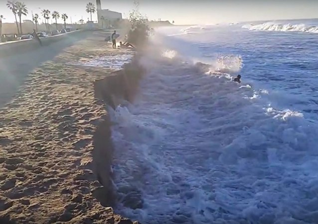 Carlsbad State Beach is Gone - El Nino 2015 Season is Full Swing