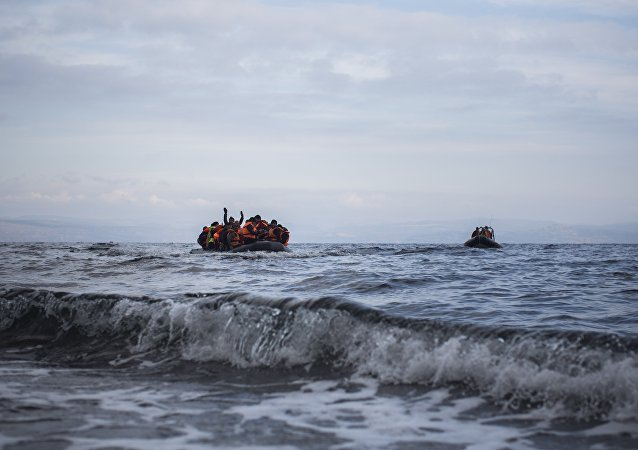 Refugees arriving by boat