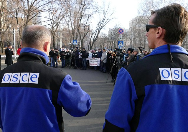 Rally Hear the Voice of Donbass in Donetsk