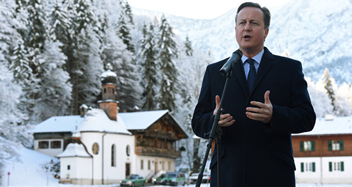 British Prime Minister David Cameron gives a statement after his visit at a meeting of the German conservative Christian Social Union (CSU) party in Wildbad Kreuth, southern Germany, on January 7, 2016.
