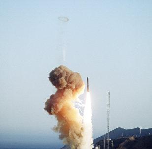 Minuteman III test launch, 1994
