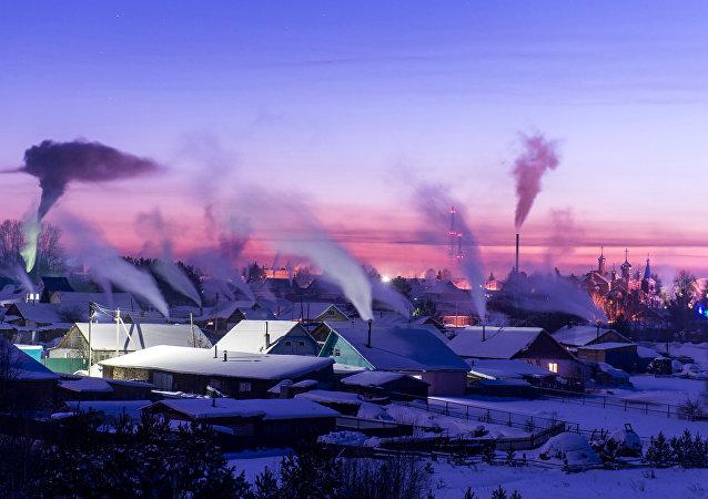 Frosty Snowscapes: Meet True Russian Winter in Siberia
