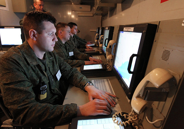 Army servicemen at the command center during large-scale exercises of the Air Force and Air Defense troops.