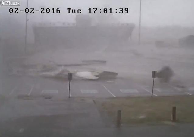 Powerful tornado rips through tennessee high school