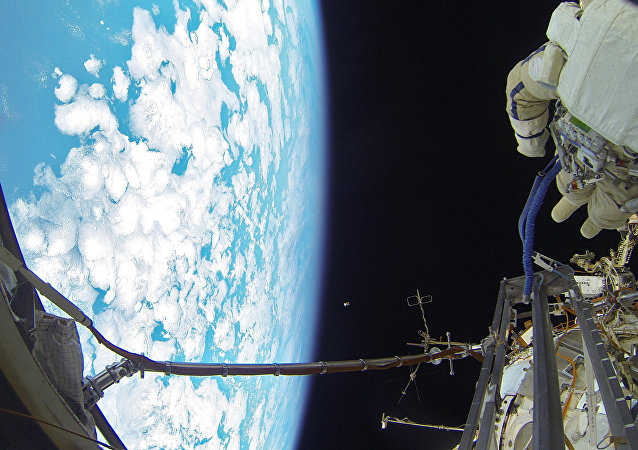 Out of This World! Amazing Photos Taken By Two Russian Cosmonauts