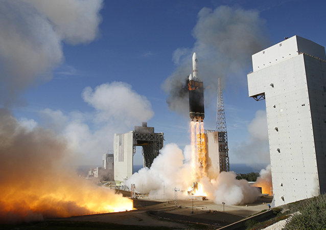 Boeing Delta 4 Heavy rocket rises from the launch pad during its first unmanned launch at Vandenberg Air Force Base, Calif  (File)