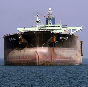 An oil tanker is seen off the port of Bandar Abbas, southern Iran (File)