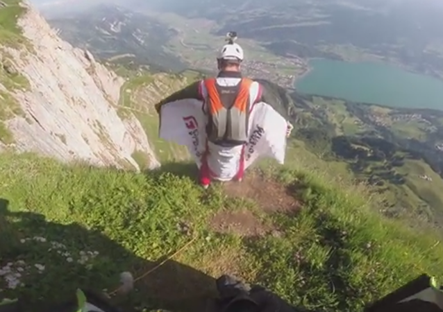 Wingsuit BASE Jumping The Trench Line