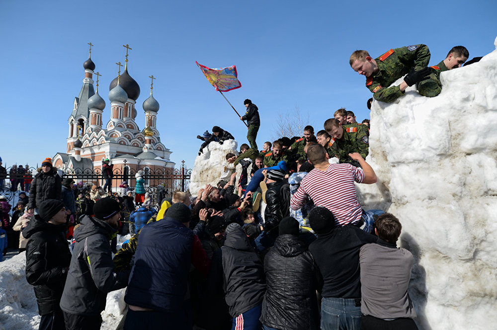 Spring In, Winter Out: Maslenitsa 2016 Celebrations