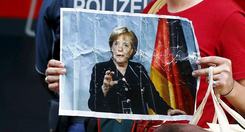 Německá justice soudí podle islámského práva. Ubodání ženy k smrti není vražda