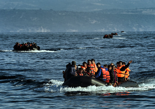 Refugees boat (File)
