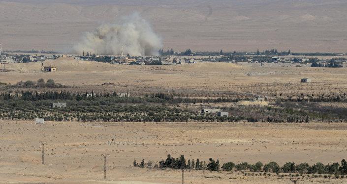 Syrian government army and militia on the fringes of Al Qaryatayn