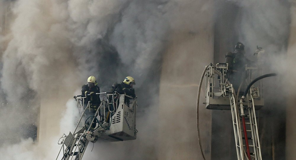 Fire in west moscow hits the area of 5000 square meters for 5000 square feet in square meters