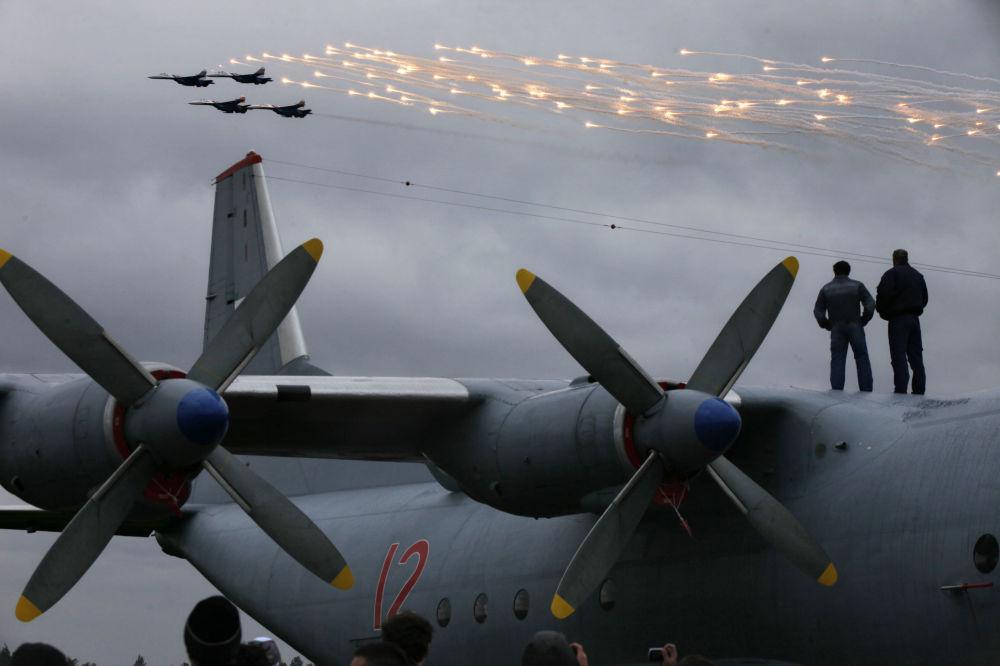 Russian Aerobatics 107