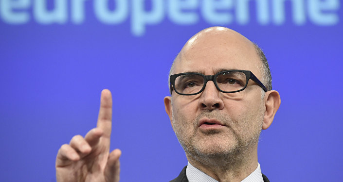 EU Commissioner for Economic and Financial Affairs, Taxation and Customs Pierre Moscovici gives a press conference to present the European Commission's adopted Opinion on Portugal's 2016 Draft Budgetary Plan on February 5, 2016 at EU Headquarters in Brussels.
