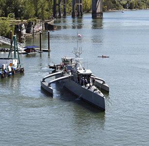 DARPA's Robotic Sea Hunter Unmanned Ship