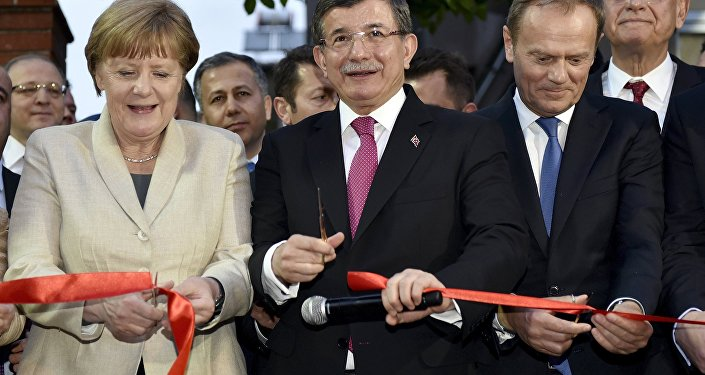 German Chancellor Angela Merkel, Turkish Prime Minister Ahmet Davutoglu and EU Council President Donald Tusk
