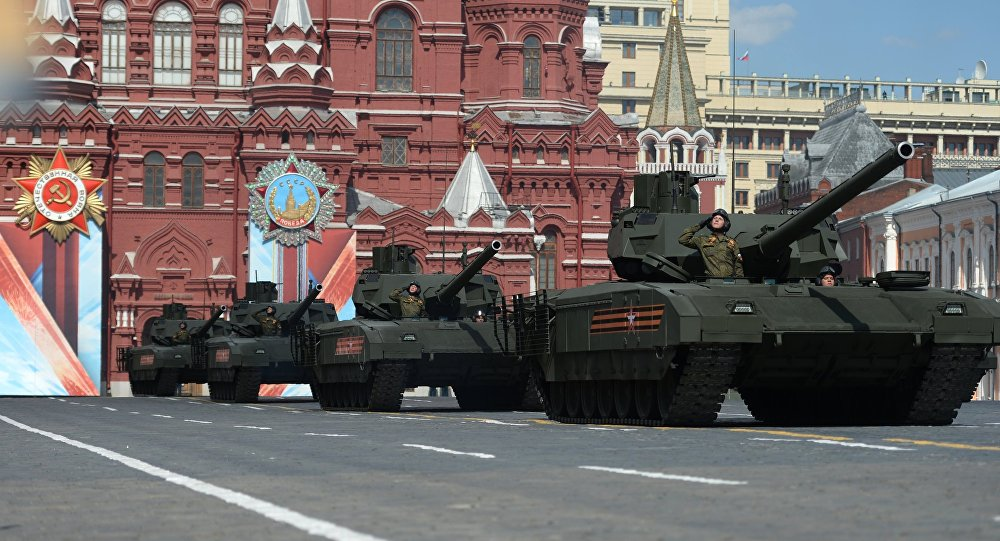 Armata T-14 tanks on Red Square, Moscow during the final practice of the military parade marking the 71st anniversary of the victory in the Great Patriotic War, May 2016.
