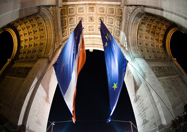 Triumphal Arch - France & Europe