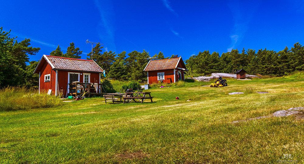Red cottages, Fjärdlång, Stockholm (Sweden)