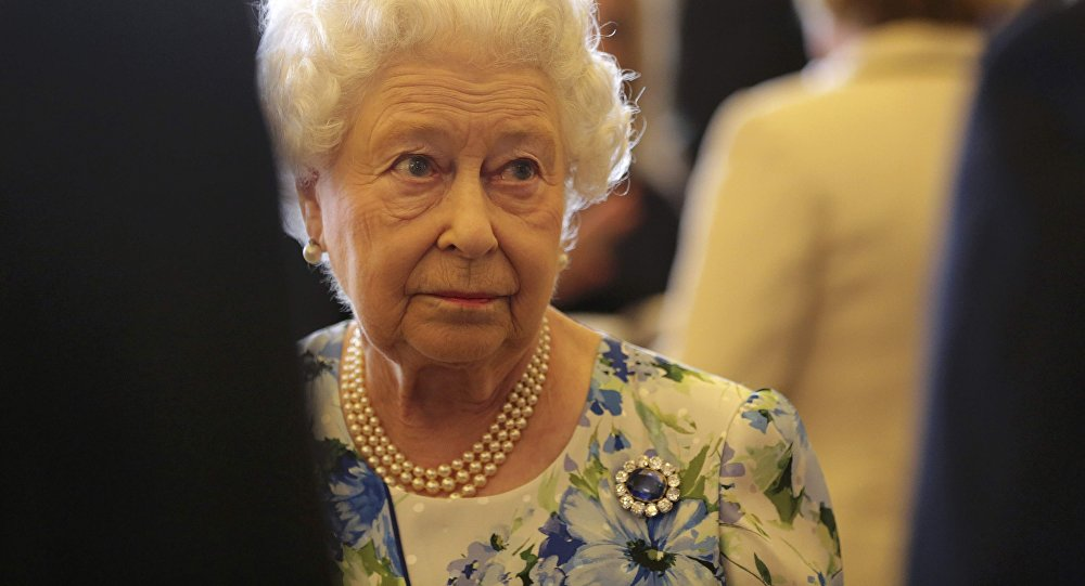 Commonwealth secretly discussing Queen's successor