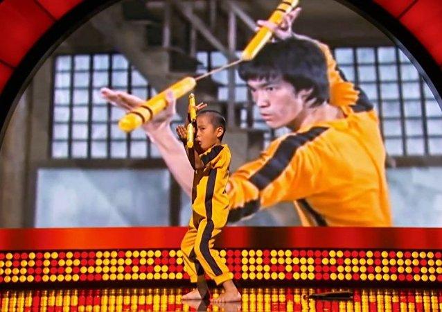 Little Big Shots - Baby Bruce Lee! (Episode Highlight)