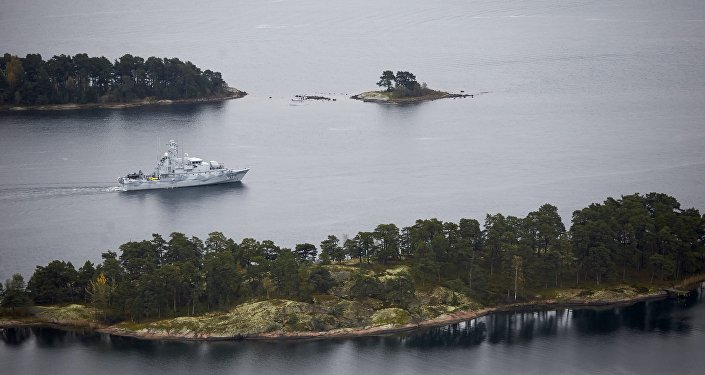 Swedish minesweeper HMS Koster searching for what the military says is a foreign threat in the waters in the Stockholm Archipelago, Sweden, on October 19 2014