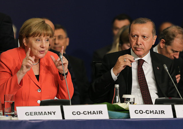 Increased tensions between Recep Tayyip Erdogan and Angela Merkel