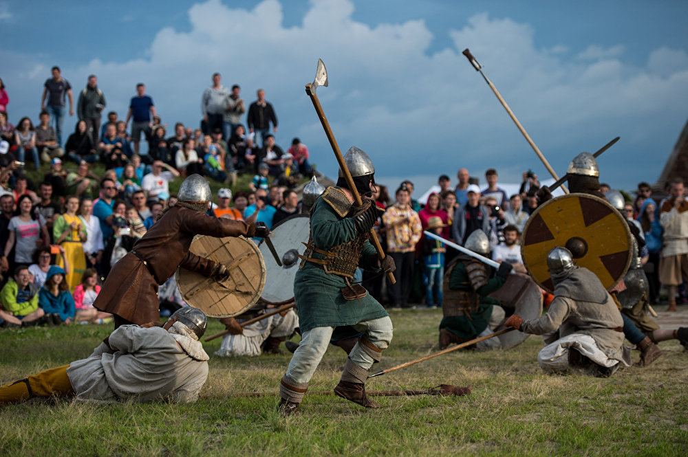 Swords and Shields Clash at Huge Medieval Reenactment Festival in Russia