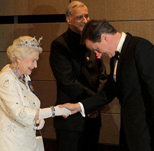 Britain's Queen Elizabeth II and David Cameron (File)