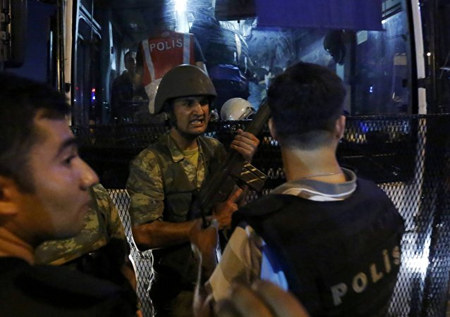 Turkish Soldiers Surrender Their Weapons To Policemen During An Attempted Coup In Istanbul's Taksim Square