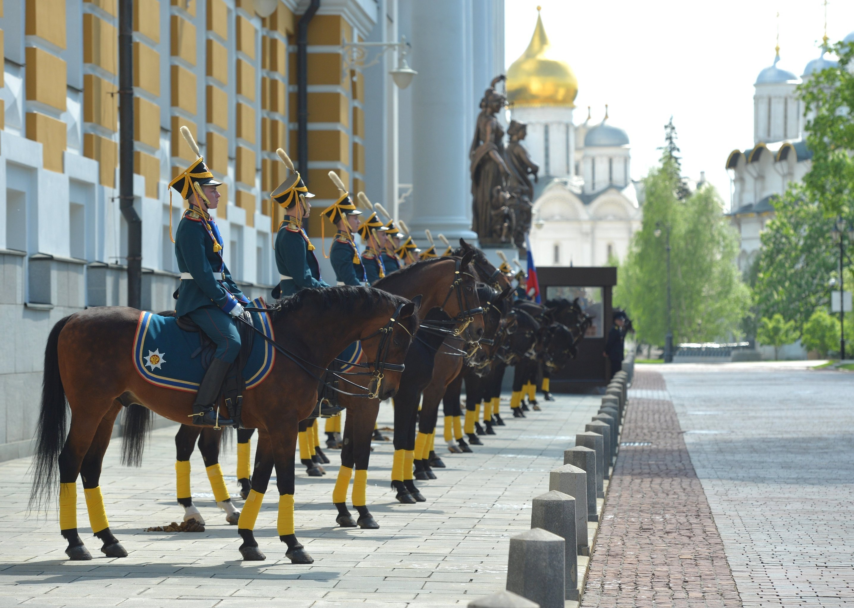 Mounted personnel of the Presidential Regiment at a presentation of a letter of commendation from the Supreme Commander-in-Chief of the Russian Armed Forces to the Kremlin Regiment of the Service of Moscow Kremlin's Commandant.