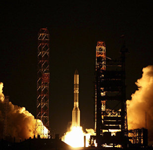 A Proton-M rocket of the International Launch Services (ILS), carrying the EchoStar XVI satellite, blasts off from the Russian leased Kazakhstan's Baikonur cosmodrome (File)