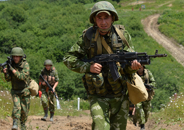 Servicemen of the mountain motorized infantry brigade. File photo